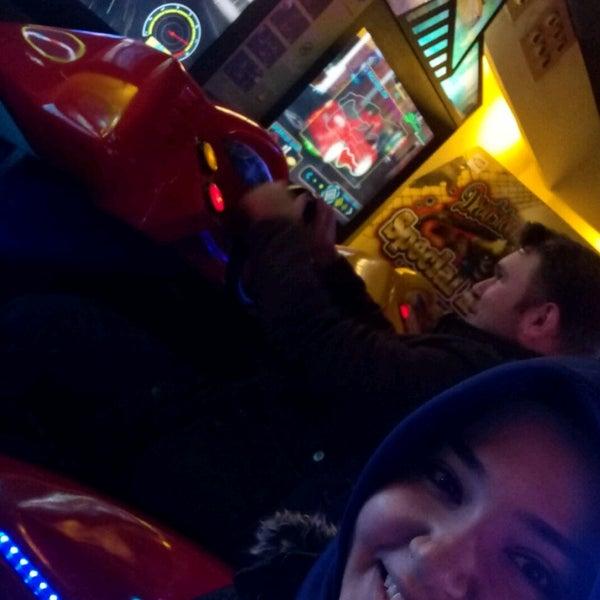 12/17/2017 tarihinde Feride O.ziyaretçi tarafından Fantasyland Oyun Merkezi & Coffee'de çekilen fotoğraf