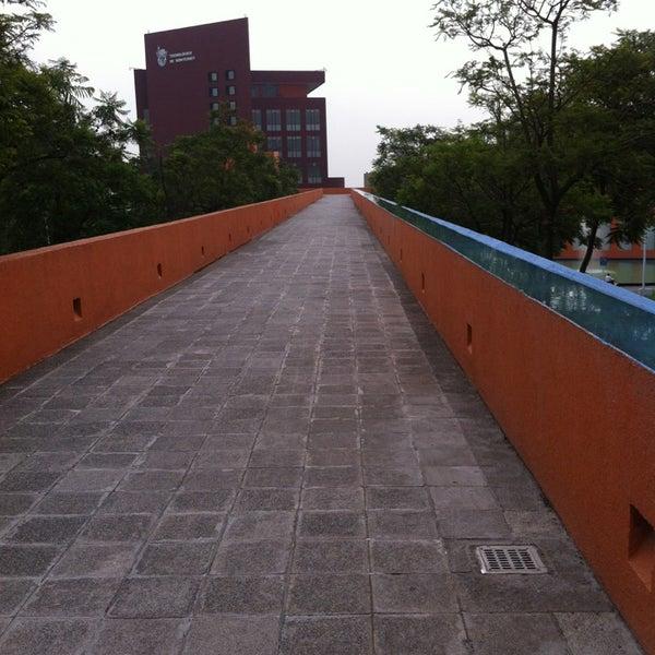Foto tomada en Tecnológico de Monterrey por Eder M. el 5/29/2013