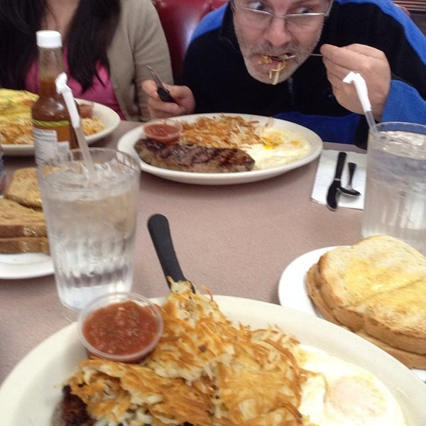 Photo taken at Mil's Diner by Monte J. on 11/27/2013