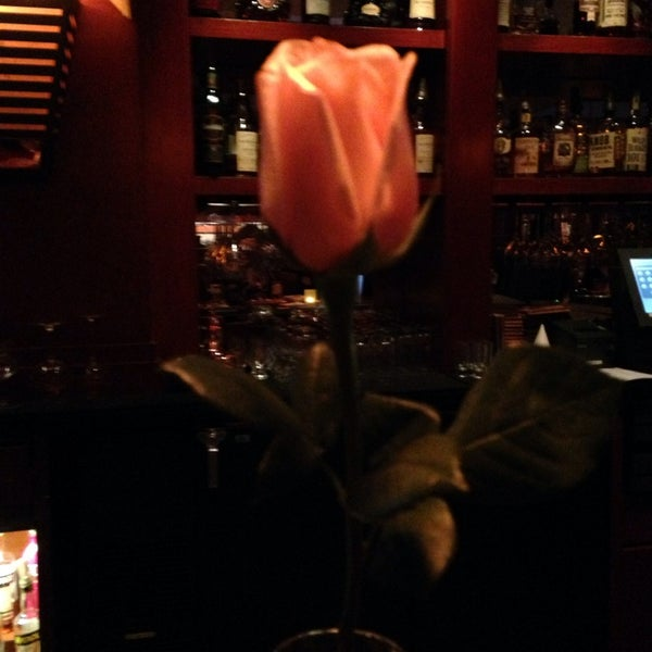 Photo taken at Fleming's Prime Steakhouse & Wine Bar by Rena S. on 11/12/2014