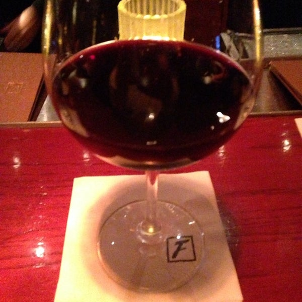 Photo taken at Fleming's Prime Steakhouse & Wine Bar by Rena S. on 8/11/2014