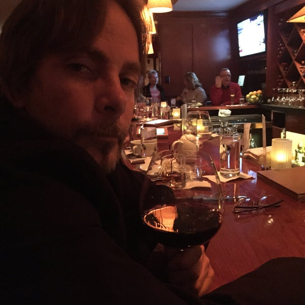 Photo taken at Fleming's Prime Steakhouse & Wine Bar by Rena S. on 12/28/2014