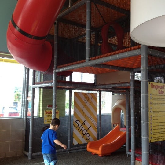 Play place is awesome! Great for little and big kids. Nice and clean, although experienced some rude customers. Bathrooms were nice and clean too. Pretty quick service, fries weren't fresh.