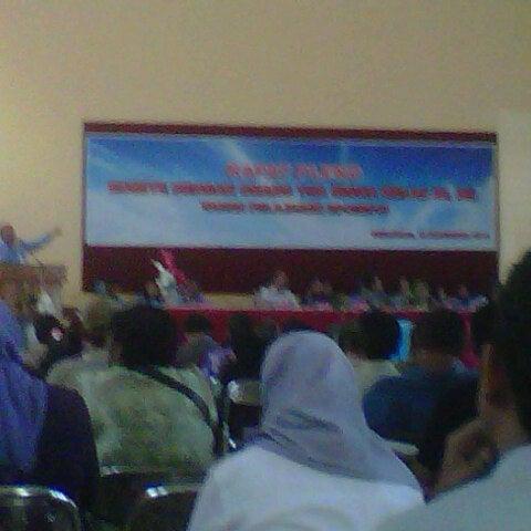 Photo taken at SMA Negeri 4 Semarang by yusela p. on 11/10/2012