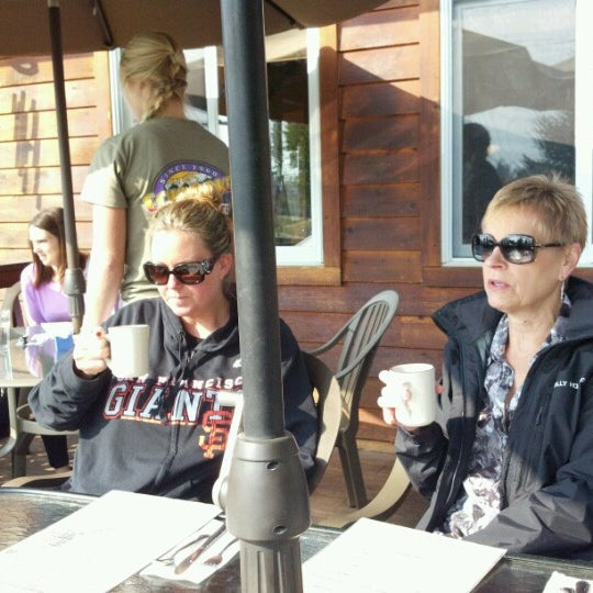 Photo taken at Echo Lake Cafe by Keith W. on 9/15/2012