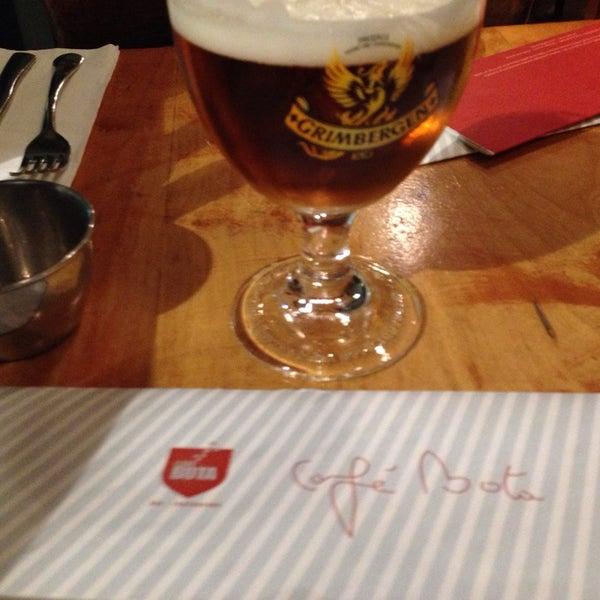 Photo prise au Café Bota par Pierre le10/24/2013