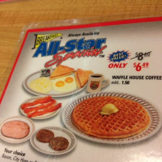 Photo taken at Waffle House by Justin on 12/18/2012