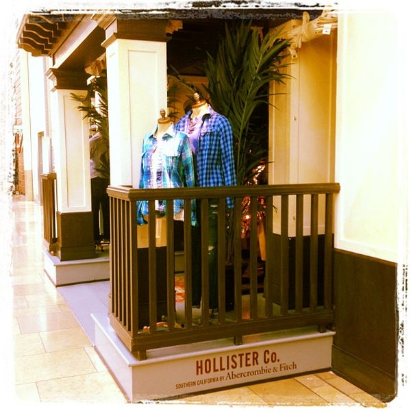 Hollister clothes store