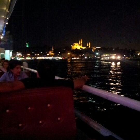 รูปภาพถ่ายที่ Galata On Numara โดย Uğurcan T. เมื่อ 9/30/2012