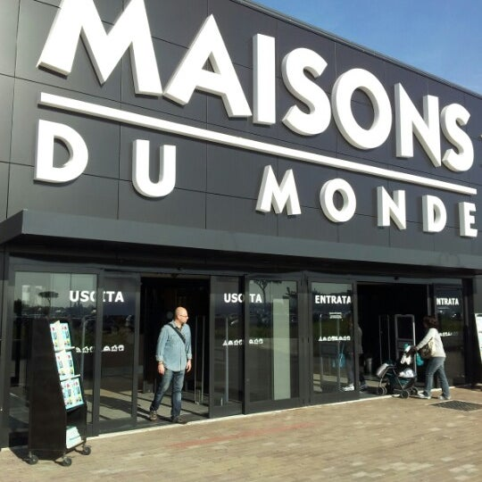 Maisons du monde furniture home store in marcianise for Maison du monde knokke