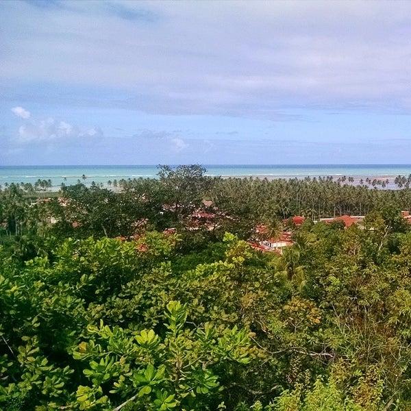 Foto tirada no(a) Praia de São Miguel dos Milagres por Danilo A. em 7/16/2014