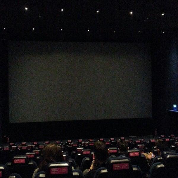 2/17/2013 tarihinde Goksel P.ziyaretçi tarafından Cinemaximum'de çekilen fotoğraf