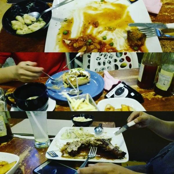 Photo taken at LeBOSS Restaurant by 廖 勇. on 4/8/2016
