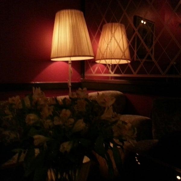 Das Foto wurde bei Café Maingold von Ela am 11/18/2013 aufgenommen