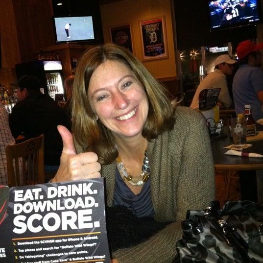 Photo taken at Buffalo Wild Wings by Jill O. on 11/19/2011