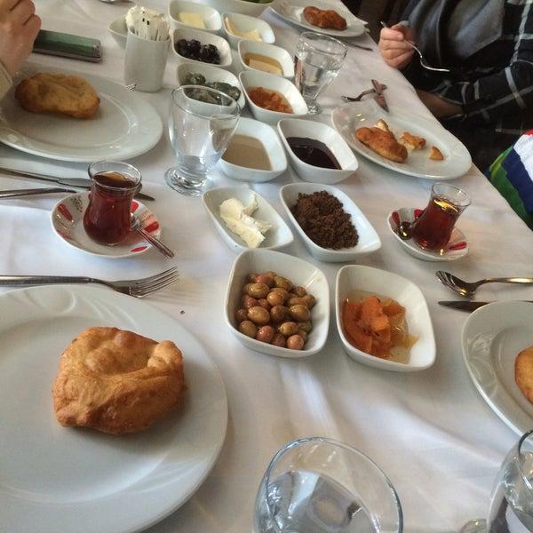 3/5/2017 tarihinde Ahmet G.ziyaretçi tarafından Lokmahane Restaurant'de çekilen fotoğraf