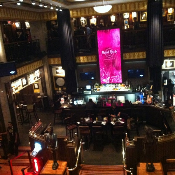 Photo taken at Hard Rock Cafe Washington DC by Nichole on 2/13/2013