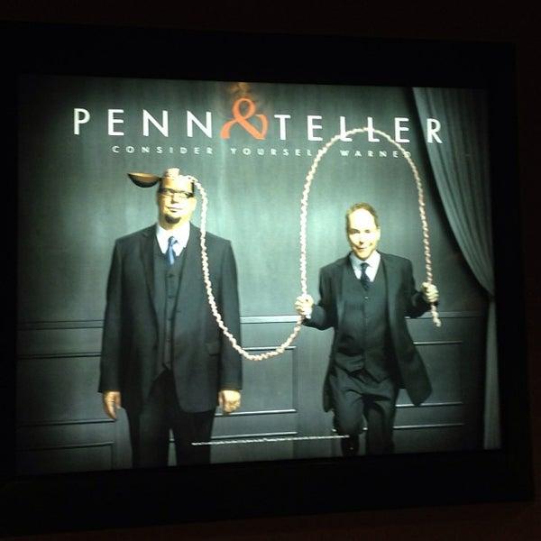 Foto tomada en Penn & Teller Theater por Tasha S. el 5/29/2013