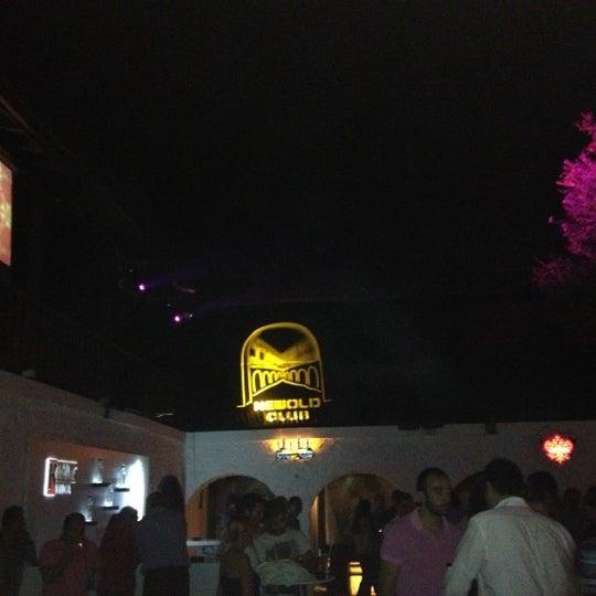 10/7/2012 tarihinde Etkinziyaretçi tarafından NewOld Club'de çekilen fotoğraf