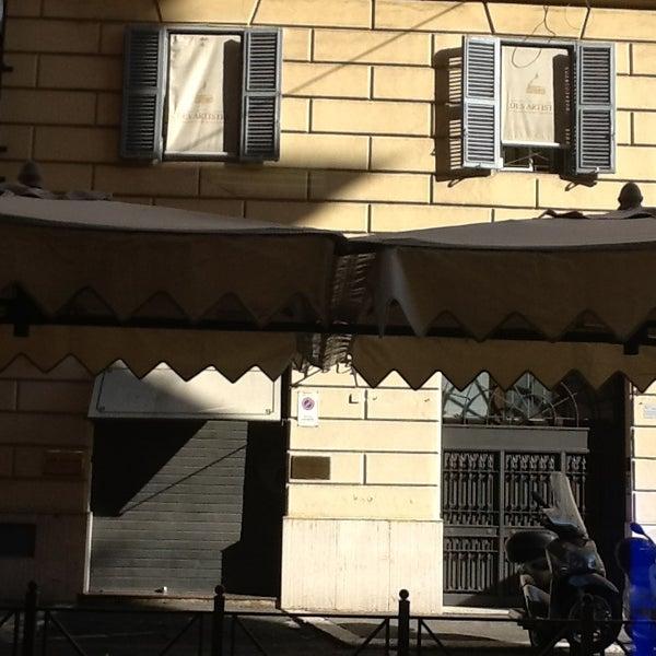 Foto scattata a Hotel Des Artistes da Taivo il 1/27/2013