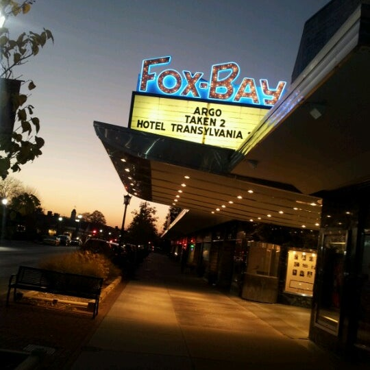 fox bay cinema and grill movie theater in whitefish bay. Black Bedroom Furniture Sets. Home Design Ideas
