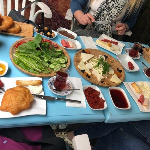 5/6/2018 tarihinde Halime B.ziyaretçi tarafından Otlangaç Kahvaltı & Kafe'de çekilen fotoğraf