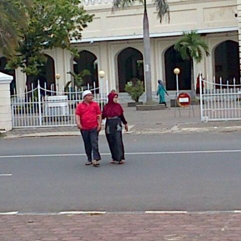 Photo taken at Masjid Jami' Kauman Pekalongan by Winda M. on 2/27/2013