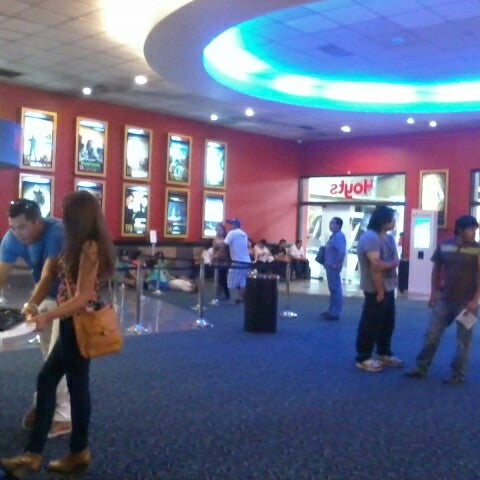 Photo taken at Cine Hoyts by Dinely D. on 11/6/2012