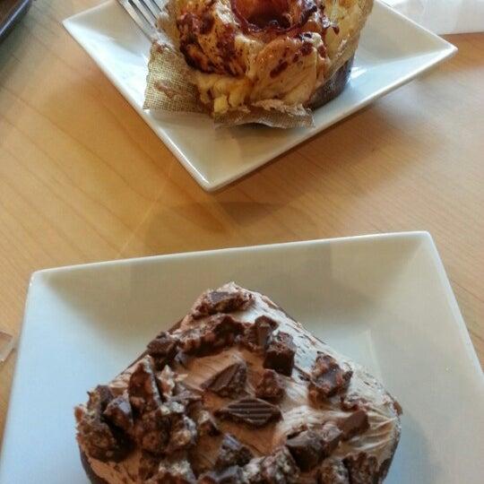 Photo taken at Krispy Kreme by sherrykaren on 10/7/2012