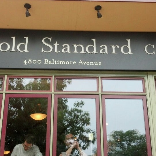 Photo taken at Gold Standard Cafe by Robert G. on 6/10/2013