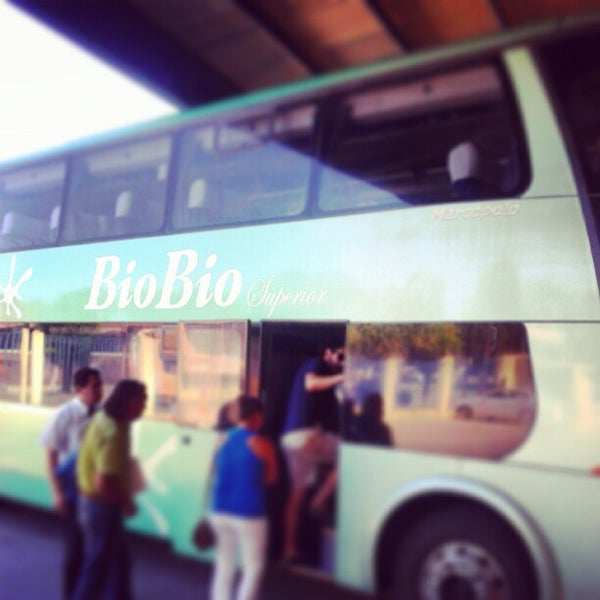 Photo taken at Terminal Buses Bio Bio Victoria by Dannyel H. on 2/26/2013