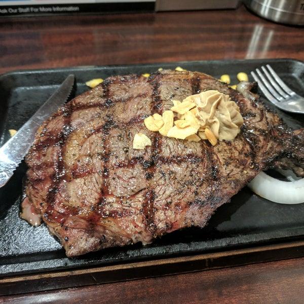 Photo prise au Ikinari Steak par regg .. le10/7/2017