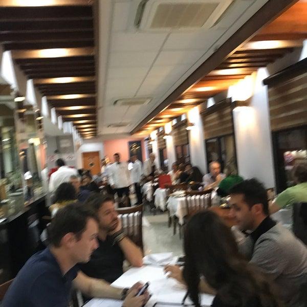 รูปภาพถ่ายที่ Restaurante Planeta's โดย Alexandra B. เมื่อ 6/13/2018