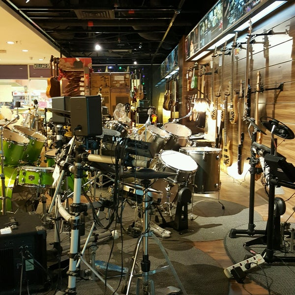 Yamaha music academy music store in shah alam for Yamaha music school locations