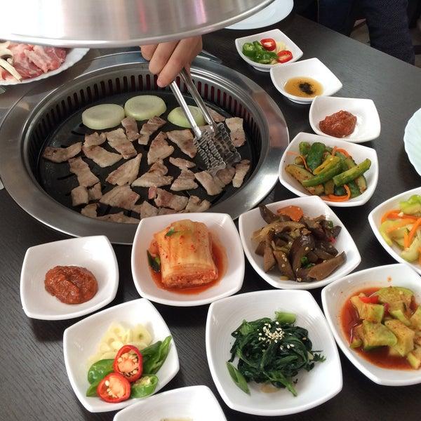 Foto tomada en Korean BBQ гриль por Marishka el 11/26/2015