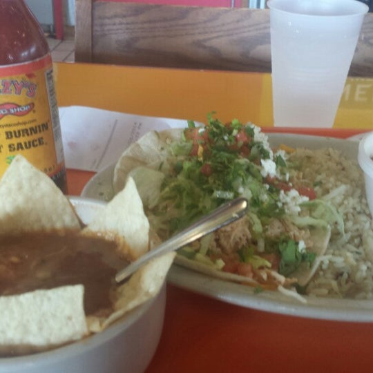 Photo taken at Fuzzy's Taco Shop by Petra W. on 6/6/2014