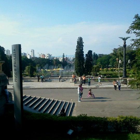Das Foto wurde bei Museu Paulista von Lawrence L. am 11/18/2012 aufgenommen
