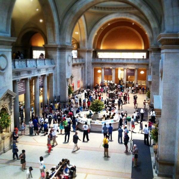 Photo taken at Metropolitan Museum of Art by foodforfel on 7/9/2013