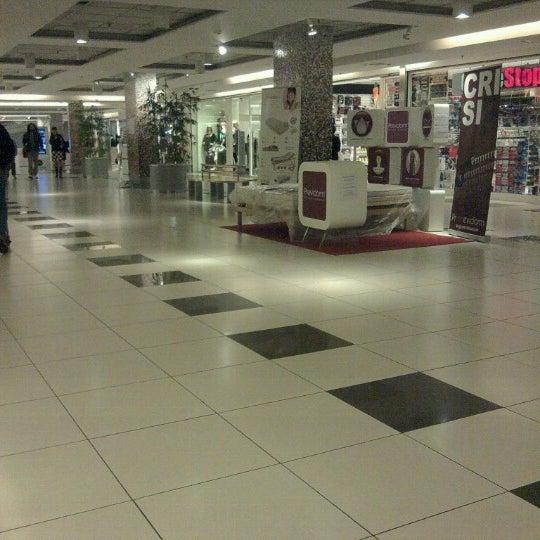Foto scattata a Centro Commerciale Parco Leonardo da Andrea il 11/13/2012