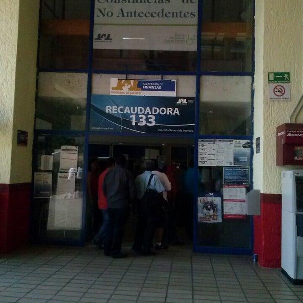 Foto tomada en Unidad Administrativa Las Aguilas por BeaTrÏz B. el 5/20/2013