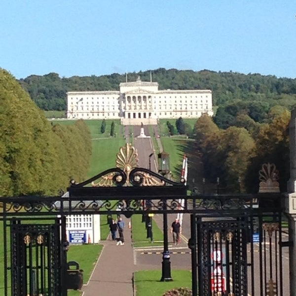 Where's Good? Holiday and vacation recommendations for Belfast, United Kingdom. What's good to see, when's good to go and how's best to get there.