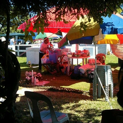 Photo taken at Manila Memorial Park by Kia Charmie C. on 11/1/2012
