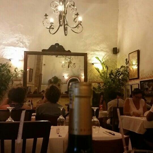 Foto tomada en Donde Olano Restaurante por William O. el 12/6/2015