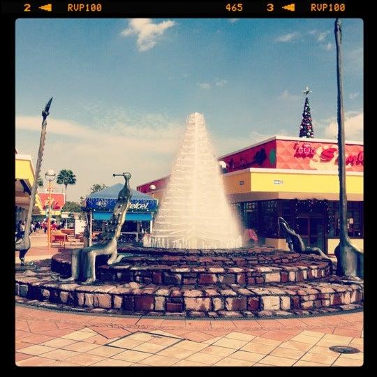 Foto tomada en Plaza del Sol por Dan L. el 12/11/2012