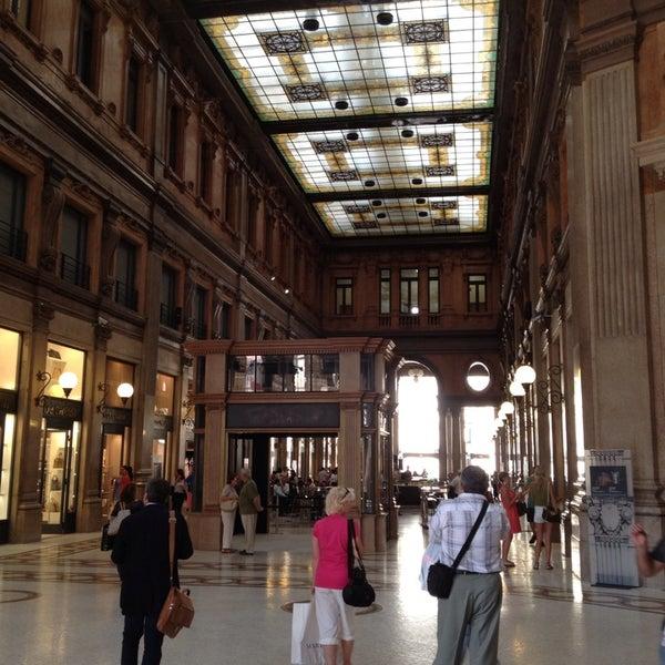 Foto scattata a Galleria Alberto Sordi da Diego S. il 7/5/2013