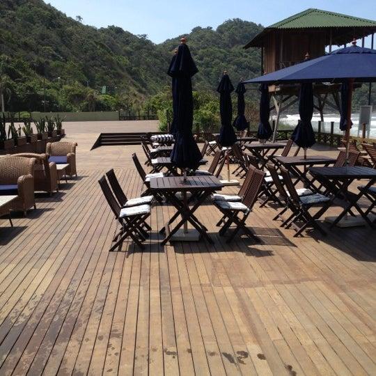Foto tirada no(a) Infinity Blue Resort & Spa por Marcoh Z. em 10/15/2012