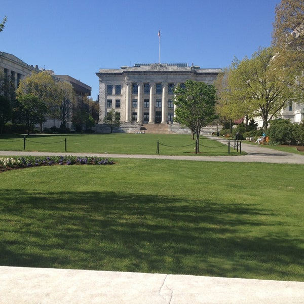 Photo taken at Harvard Medical School Quadrangle by Amelia B. on 5/2/2013
