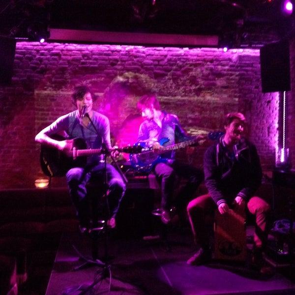 Photo prise au Club Clandestin par [Q.] le5/16/2014