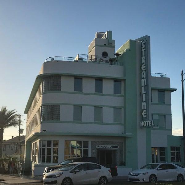 North Daytona Beach Hotels: Streamline Hotel