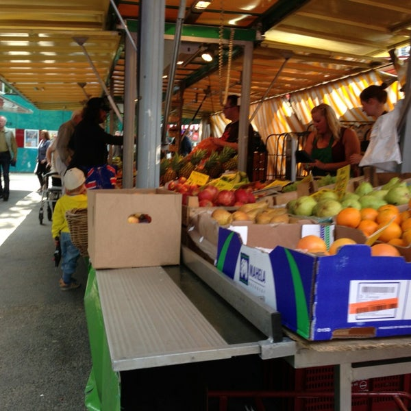 Volksdorfer Wochenmarkt - Farmers Market in Hamburg